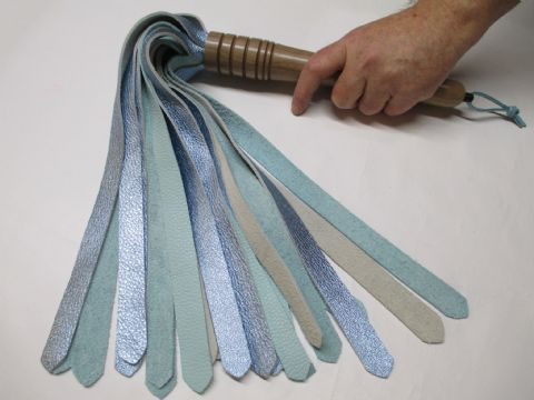 Light Oak HardWood Metallic & Light Blue Calf Leather 20mm width Falls Flogger (Flog11)